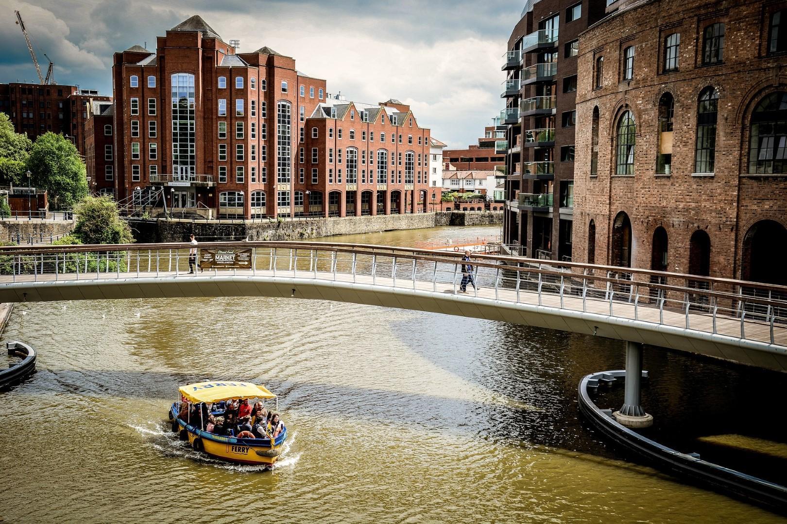 Nove città alternative per un autunno low cost