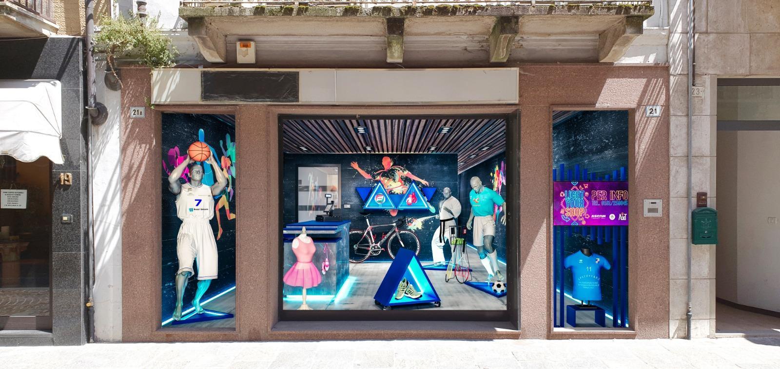 Ridare luce alle vetrine morte: a Trino, nel Vercellese, c è Light Your Shop