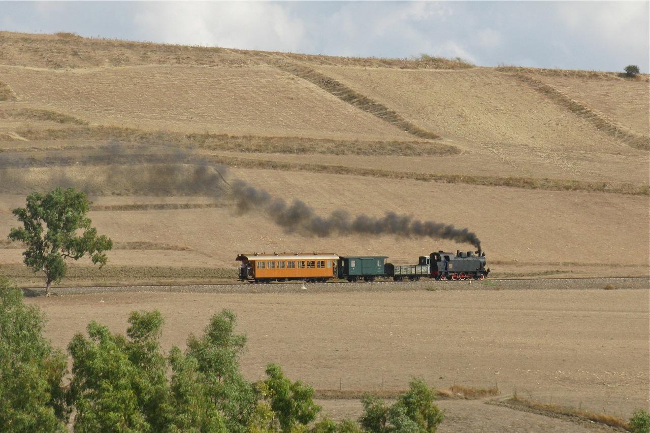 Ferrovie dimenticate: trenta giorni a slow motion
