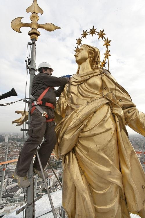 La Madonnina, simbolo del Duomo e di Milano