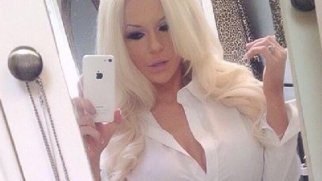 Courtney Stodden, sexy e maliziosa per andare... in chiesa
