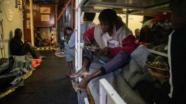 premier malta: non farò sbarcare i migranti di sea watch e sea eye per non creare precedenti