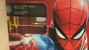 Spider-Man invade la metropolitana di New York