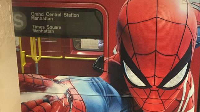 Spider-Man invade la metro di New York