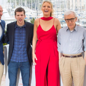 Cannes, Festival al via: applausi per  Cafè Society  di Woody Allen