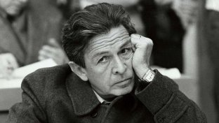 35 anni fa moriva Enrico Berlinguer, l ultimo leader comunista dell Occidente