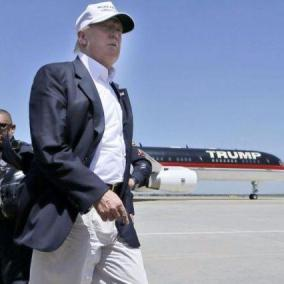 Trump vuole rottamare l Air Force One, ma la sicurezza lo blocca