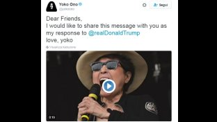 Yoko Ono urla per 20 secondi: ha saputo che Donald Trump è presidente: ecco il video