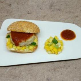 Fish burger con ketchup fatto in casa